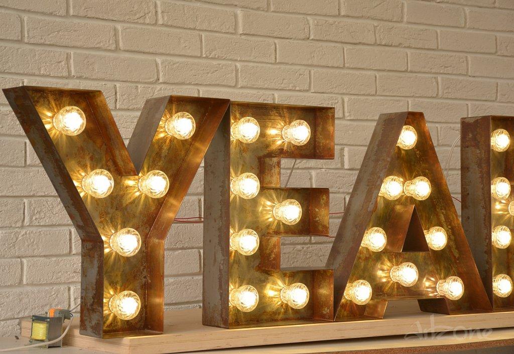 Светещи Букви с LED  крушки